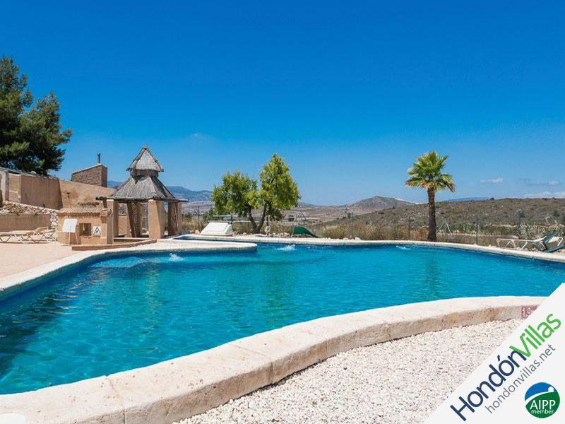 ID# 726B ©2021 Property and Villas for Sale in Hondon