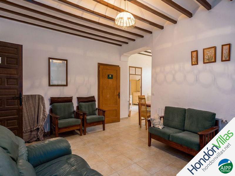 ID# 726L ©2021 Property and Villas for Sale in Hondon