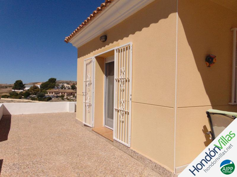 ID# 736ZA ©2021 Property and Villas for Sale in Hondon