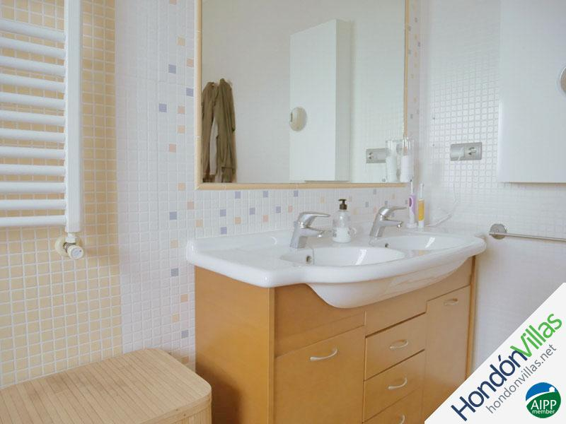 ID# 787S ©2021 Property and Villas for Sale in Hondon