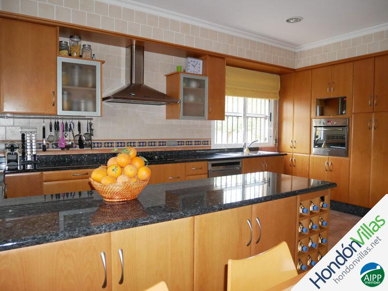 ID# 787T ©2021 Property and Villas for Sale in Hondon